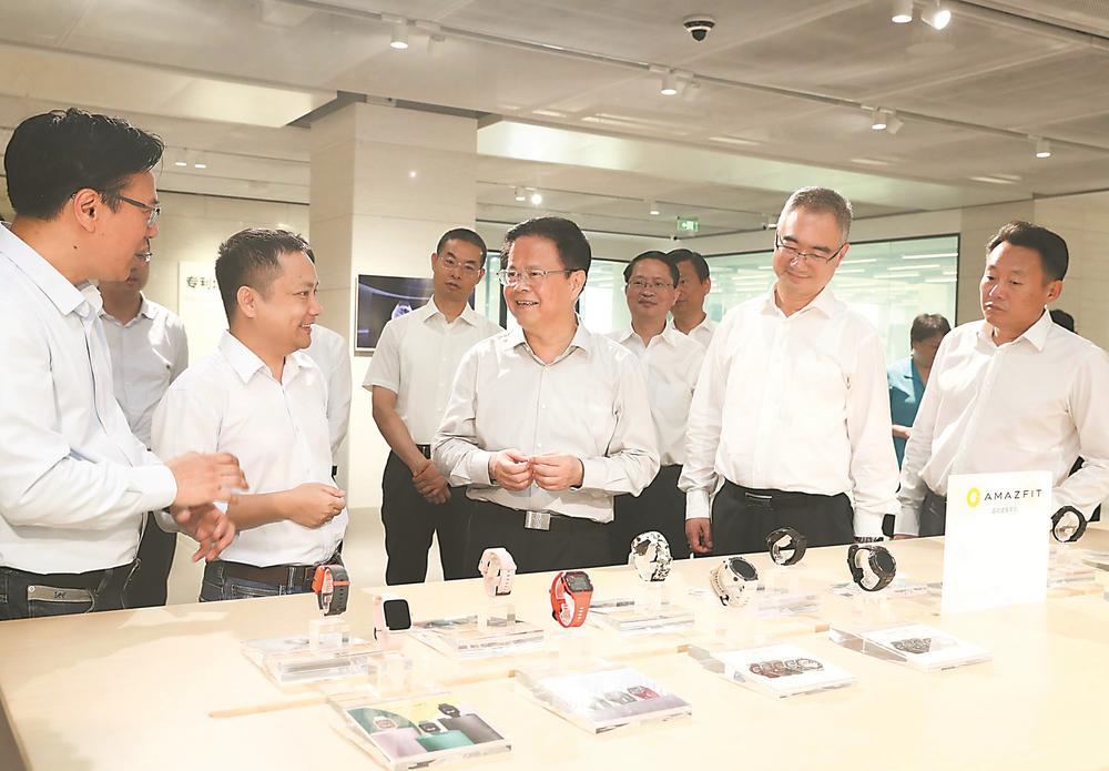 郑栅洁王清宪在合肥市调研企业发展 坚定不移推动制造业做强做大 促进实体经济高质量发展
